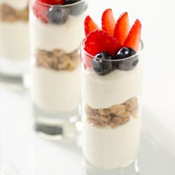 Cinnamon Nut Granola Yogurt Image