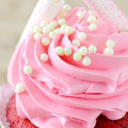 Strawberry Buttercream Frosting Image